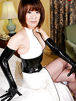 MILF newhalf who loves dominating!
